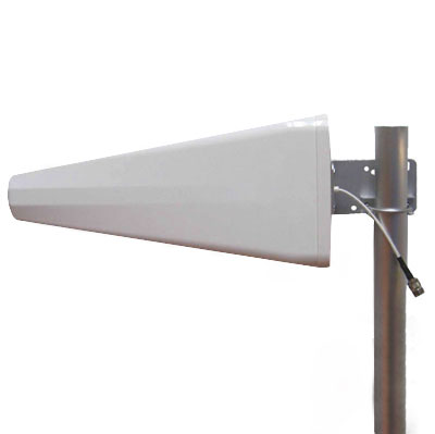 0825DSF Broadband Directional Antenna